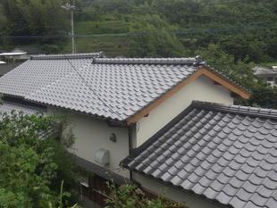 出水市 屋根瓦を伏せ替えました
