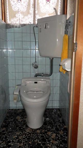 2階トイレ 施工前
