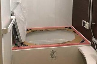 浴室リフォーム工事 浴槽取り付け
