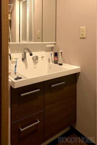 収納力アップし使いやすくなった洗面化粧台