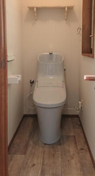 ブルーグレーのトイレに一新!