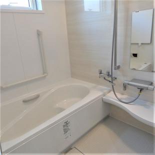 機能的なあたたかい家へ(浴室:LIXILアライズ)
