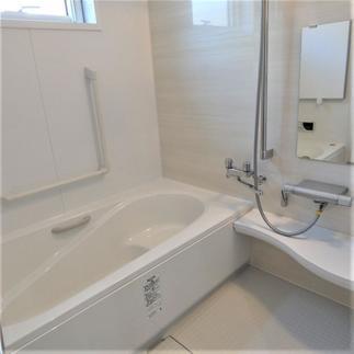 《 浴室 》LIXILアライズ